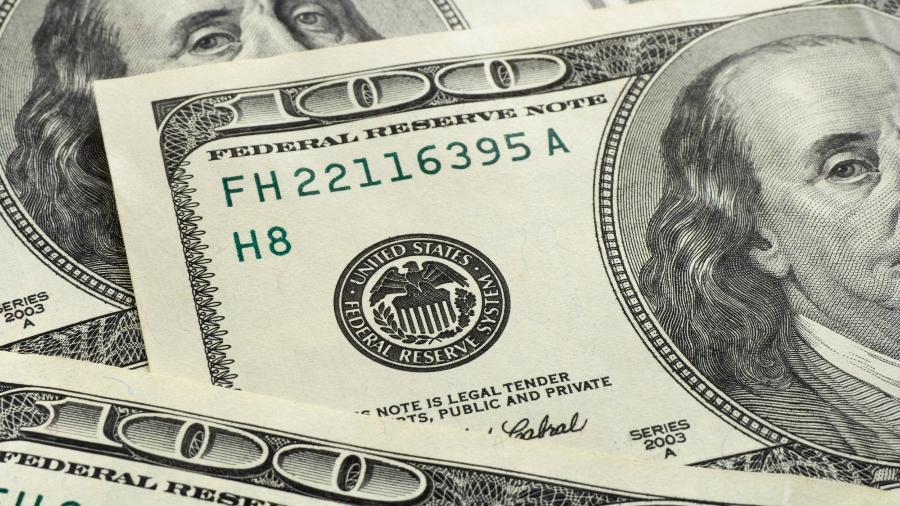 Dólar fecha com novo recorde na cotação e ministro Paulo Guedes diz que é bom o país ir se acostumando