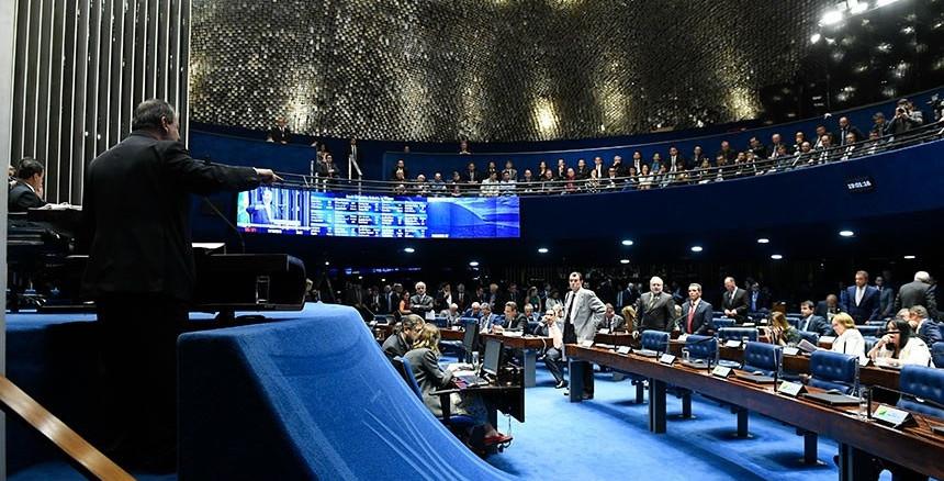 Senado aprova partilha de recursos do megaleilão de petróleo