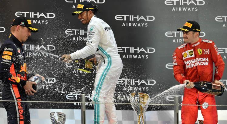 Com o Título da temporada 2019 de F1 garantido, Hamilton vence de ponta a ponta a última corrida do ano em Abu Dhabi
