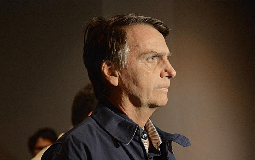 Contra todos os protocolos da política tradicional, Bolsonaro é eleito Presidente do Brasil