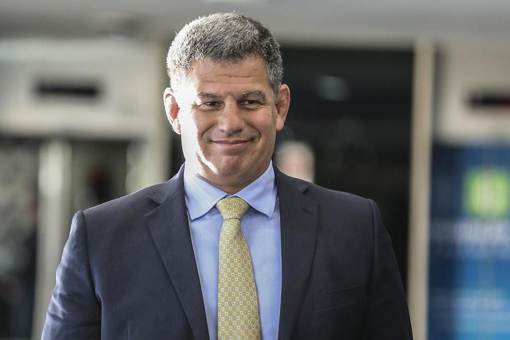 Após 9 dias de crise, Bolsonaro demite Bebianno