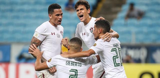 Fluminense derrota o Grêmio em jogo eletrizante de nove gols