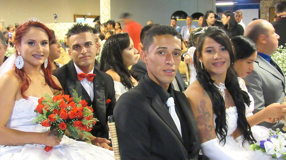 Governo Municipal de Valparaíso realiza casamento comunitário em uma cerimônia digna das melhores celebrações particulares