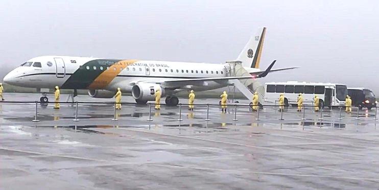 Brasileiros repatriados da China já estão em quarentena na base aérea de Anápolis, a 107Km de Valparaíso