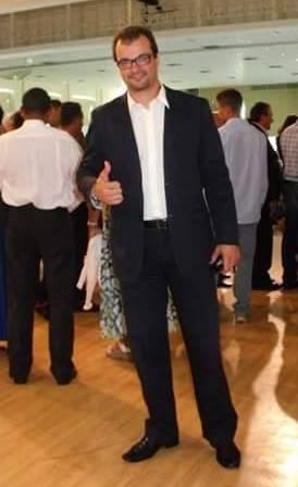 Eu / Carlos Guglielmeli