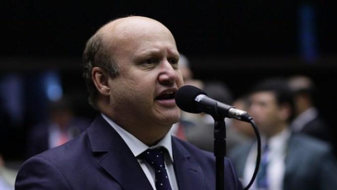 Bolsonaro prefere Célio Silveira à Delegado Waldir na presidência da Câmara Federal