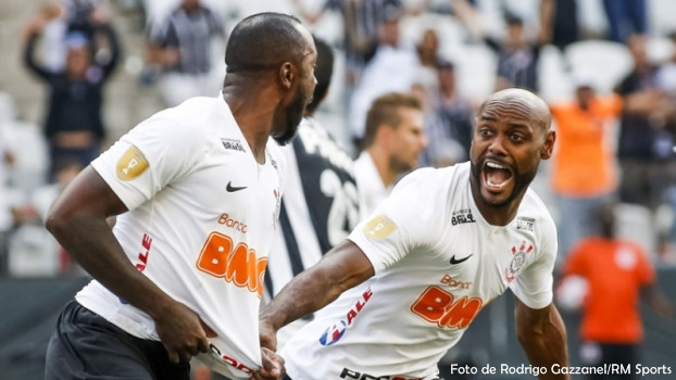 Corinthians vence Santos na primeira semifinal