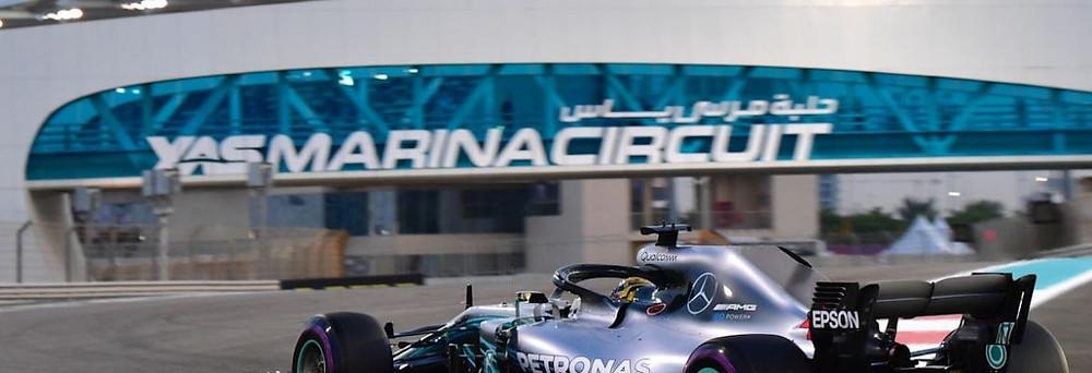 Hamilton conquista a pole position para o último GP de F1 2018