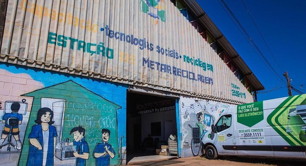 Referência mundial, ONG Programando o Futuro vai deixar Valparaíso