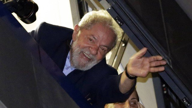 Advogados de Lula entram com um novo recurso no STF