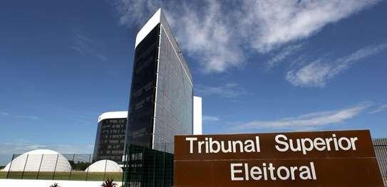 Candidatura de Lula será julgada hoje pelo TSE