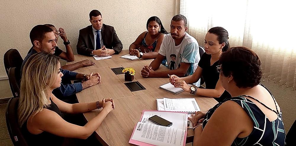 Secretaria de Educação de Valparaíso se reúne com entidades para resolver o impasse no credenciamento das creches