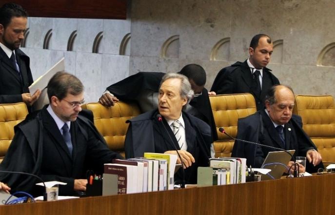 Ministros do STF, Dias Toffoli, Ricardo Lewandowski e Gilmar Mendes tiram de Moro delações sobre o Sítio atribuído a Lula