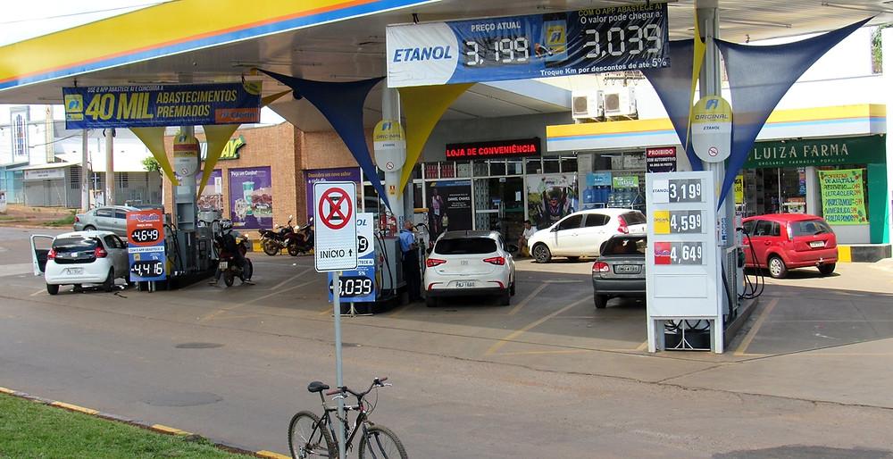 ICMS sobre a gasolina em Goiás é um dos maiores entre os estados brasileiros