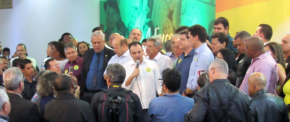Em Busca da reeleição, prefeito Pábio Mossoró se filia ao MDB