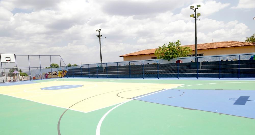 Prefeitura de Valparaíso inaugura nova quadra poliesportiva no Park Marajó