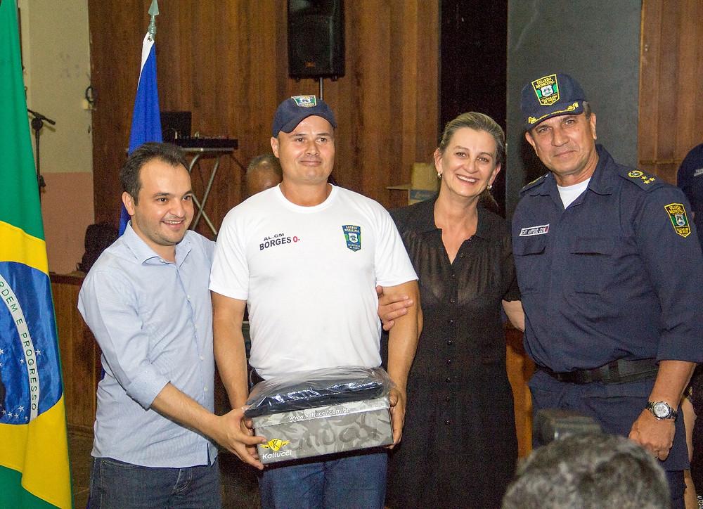 Valparaíso -  Prefeitura realiza cerimônia de fardamento da Guarda Municipal