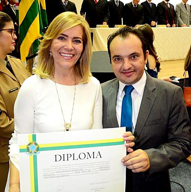 Diplomação de Leda Borges