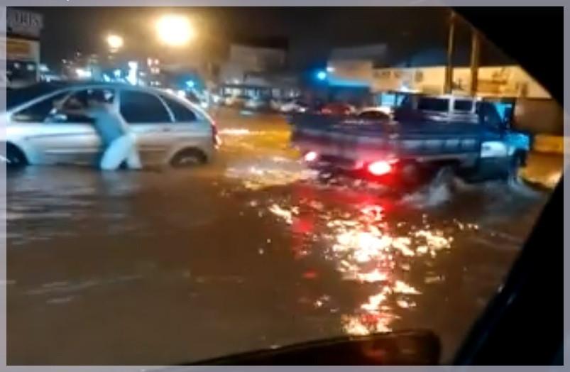Chuva em Valparaíso de Goiás causa estragos