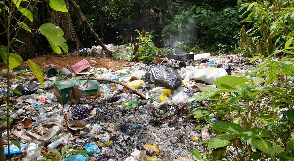 Após dispensar as doações alemãs para a preservação da Amazônia, governo brasileiro corre atrás de financiamento para tratamento de lixo