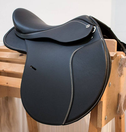 Quality German treeless saddle in South Africa