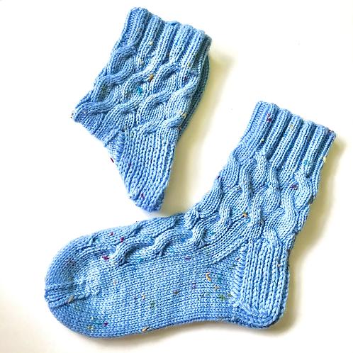 Вязаные женские носки из шерсти