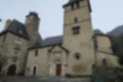 eglise-et-chateau-classc3a9s-de-bc3a9ost