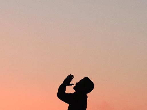 Oraciones al Señor de la Historia