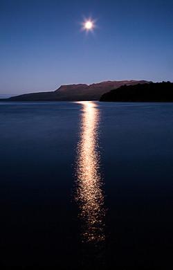 Full moon, Lake Tarawera