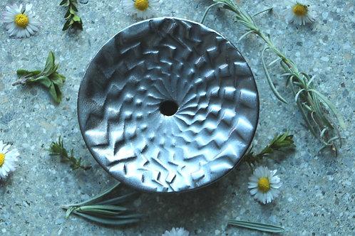 Handgemachte Seifenschale aus Ton (anthrazit)
