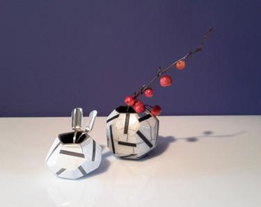 vasetti sfaccettati in ceramica raku con decoro stripe