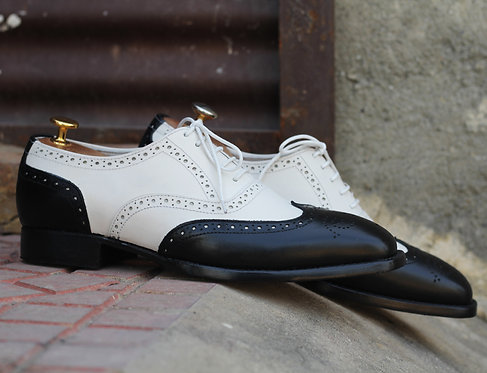 Two Tone Wing Tip Lace Up Brogue Shoes