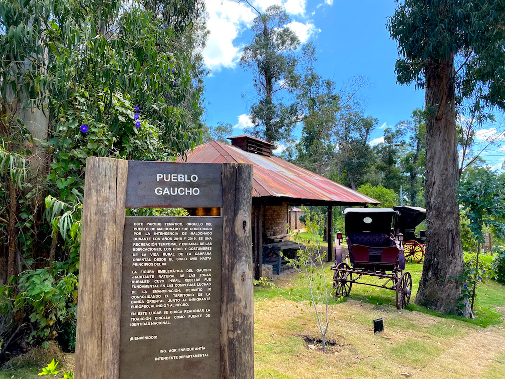 Pueblo Gaucho LlamaTrip.jpg