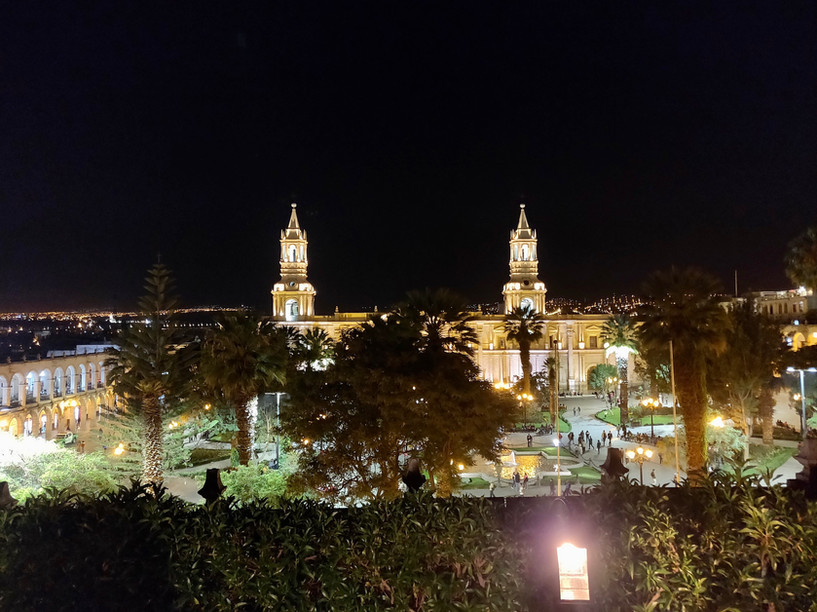 Main Square Arequipa - LlamaTrip