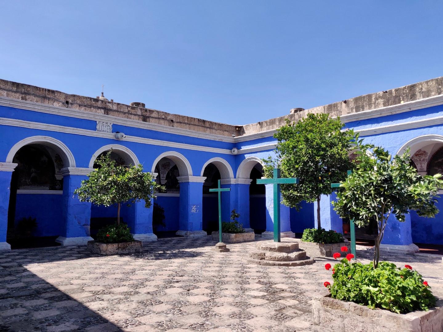 Santa Catalina Convent - Arequipa LlamaTrip