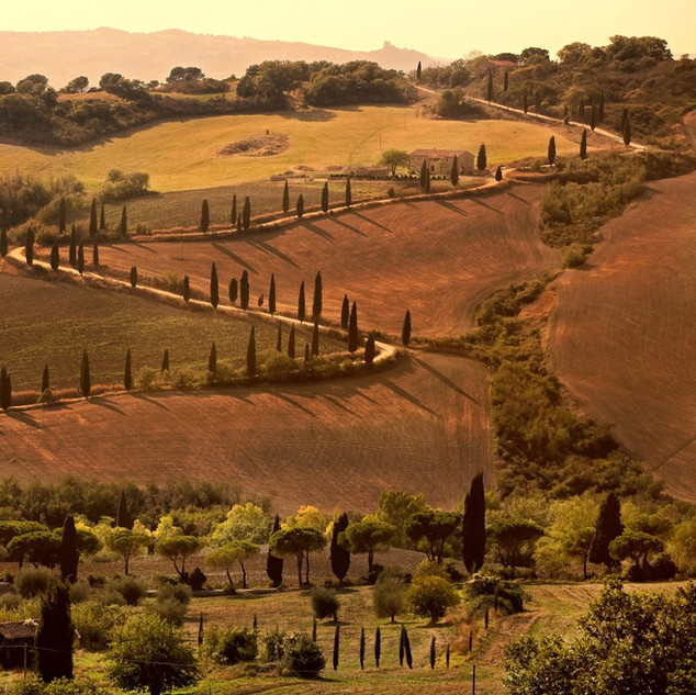 4 nights: Tuscany