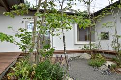 ウッドデッキ(新築庭工事)