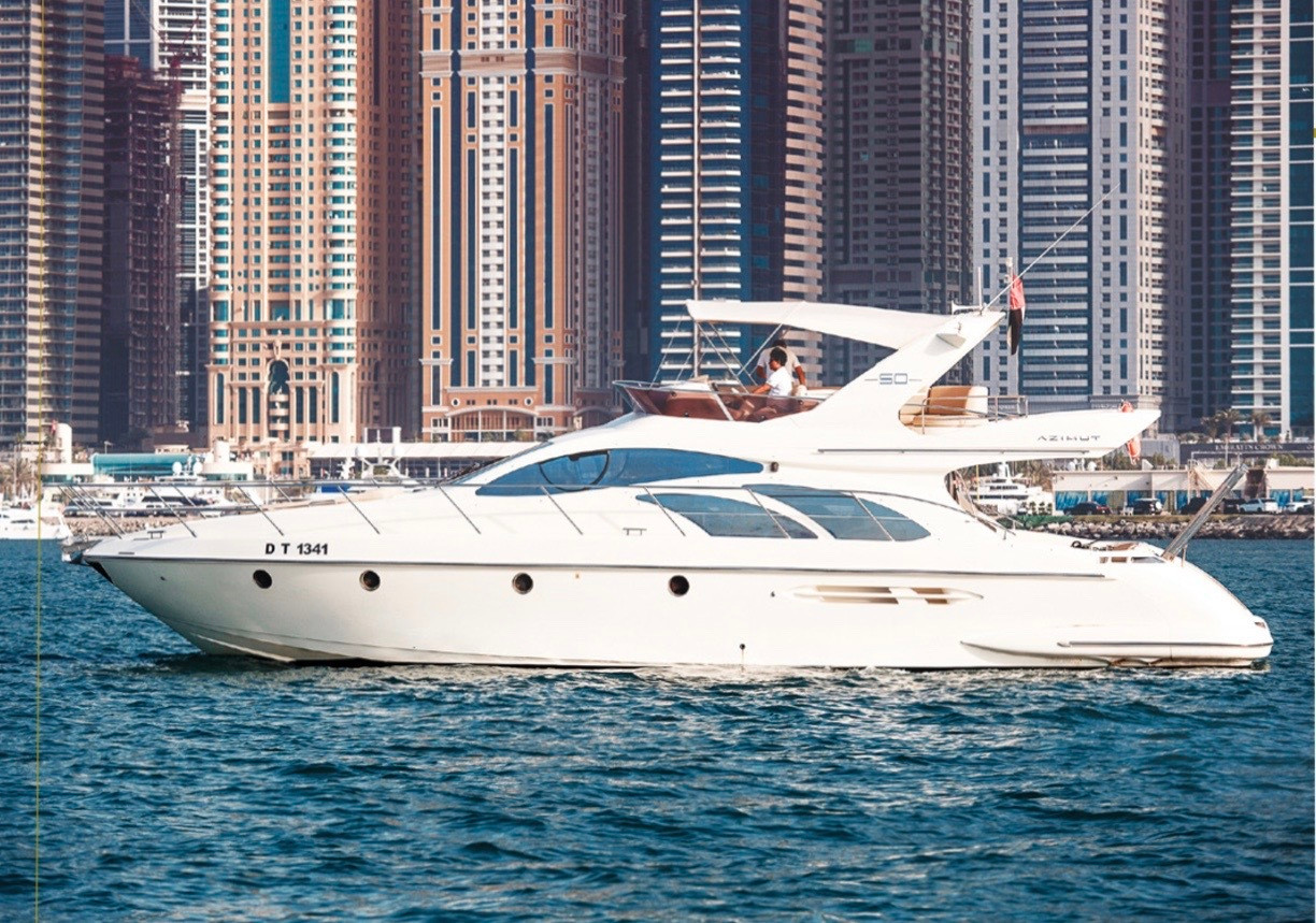 PRIVATE YACHT - 16 PERS