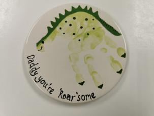 handprint-dinosaur-roarsome.jpg