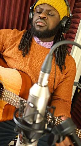 Recording guitar with Midé