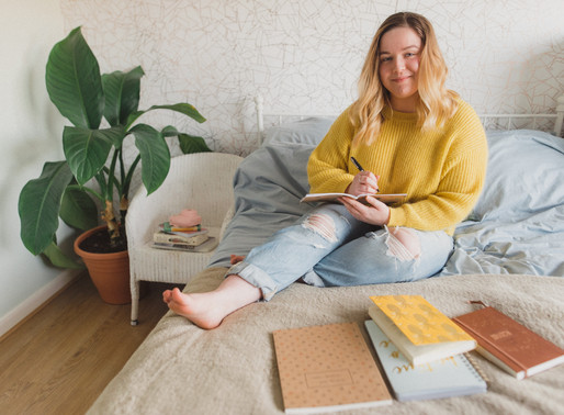 How I Left My Day Job & Started My Own Business