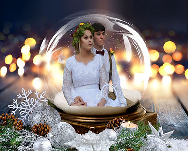 Christmas Wedding Snowglobe
