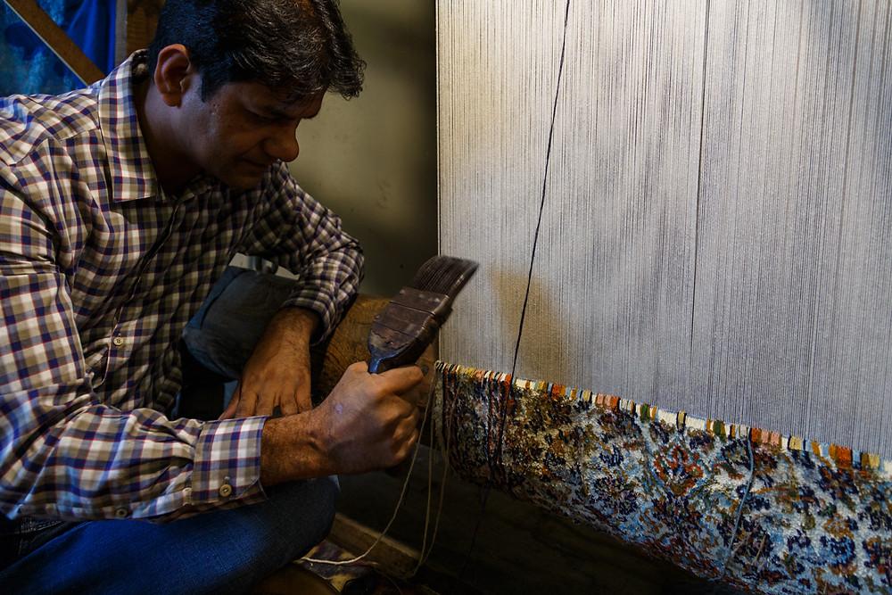 Мастер по изготовлению кашмирских ковров, Шринагар, Кашмир, Индия