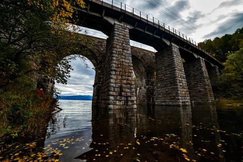 Каменный мост на Кругобайкальской железн
