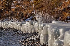 Берег озера Байкал в декабре