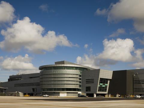 MIAMI INTERNATIONAL AIRPORT SOUTH TERMINAL EXPANSION
