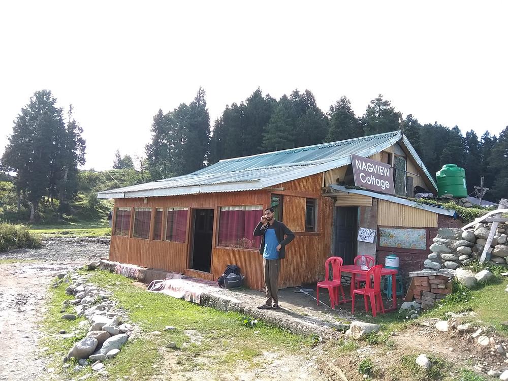 Гостевой дом-хатка в Гульмарге, Кашмир, Индия