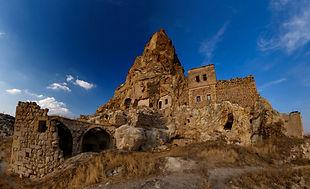 Башня Ортахисара в Каппадокии