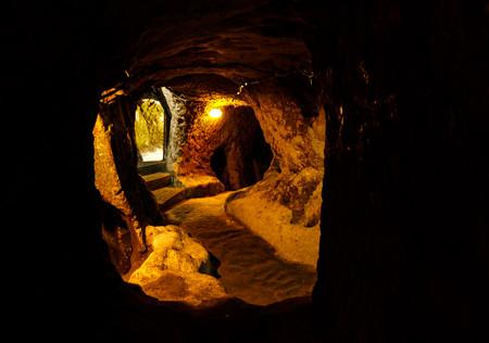 В подземном городе Деринкюю, Каппадокия