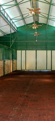 38-5860_Interior_Barn-NR_E_Print_no_WM.j